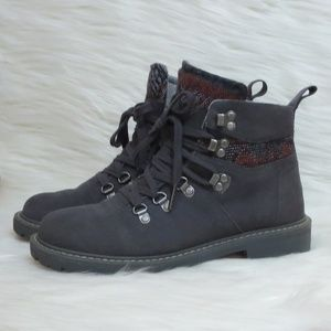 Like New | Toms | Summit | Waterproof Boots